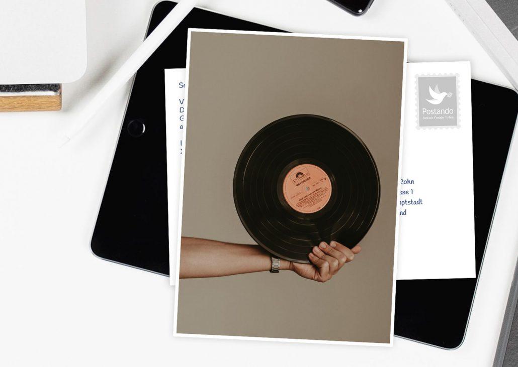 skurrile Postkarten mit Schallplatte